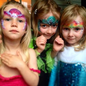 facepaint, face, painting, glitter, princess, kids, children, parties, party, birthday, fun, entertainment